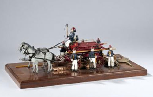 Model fire engine donated to the Museum