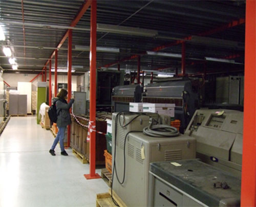 Me marvelling at the heart of ATLAS, one of the world's first supercomputers, at Granton