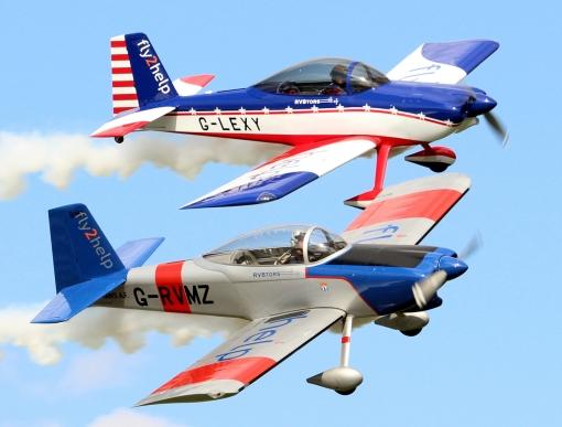 Rv8tors aerobatic display team © Steve Hawthorne